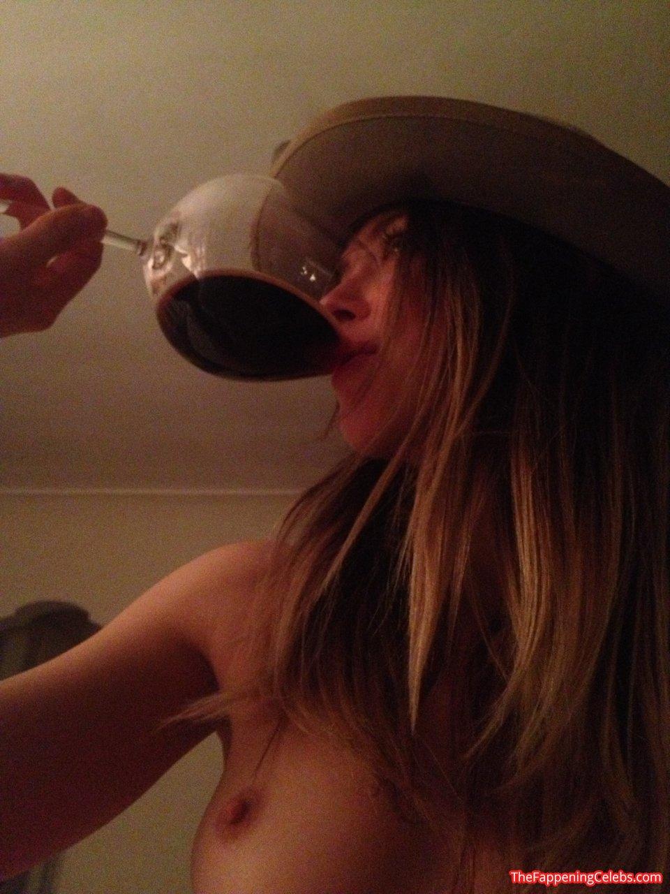 Heard naked amber Amber Heard