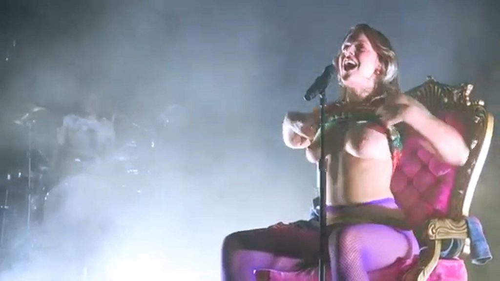 Breast tove lo Why does